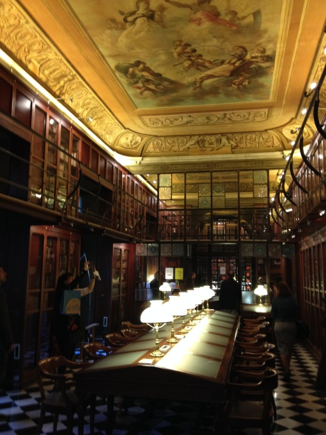 The library at the Ateneu Barcelonés