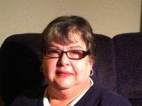 Author and blogger Viv Drewa
