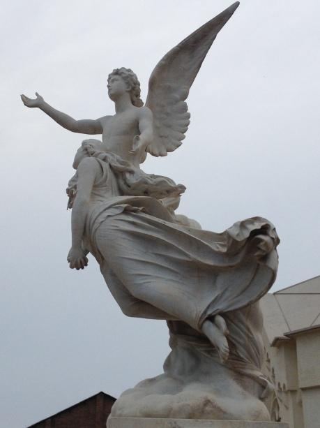 Éste es precios y del cementerio de Poble Nou de Barcelona
