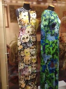 Maravillosas creaciones de Lietta Cavalli exhibidas en la El Museo del Vestuario en el Palazzo Pitti de Florencia. Me encantnan los buhos!