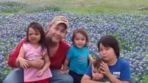 Hayden Linder and his gorgeous children