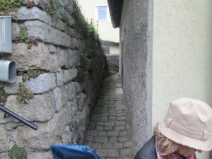 Here the wall where she hid the photographs